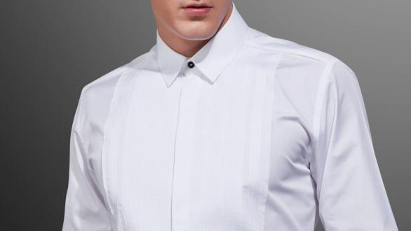 La chemise blanche, l'incontournable du vestiaire masculin