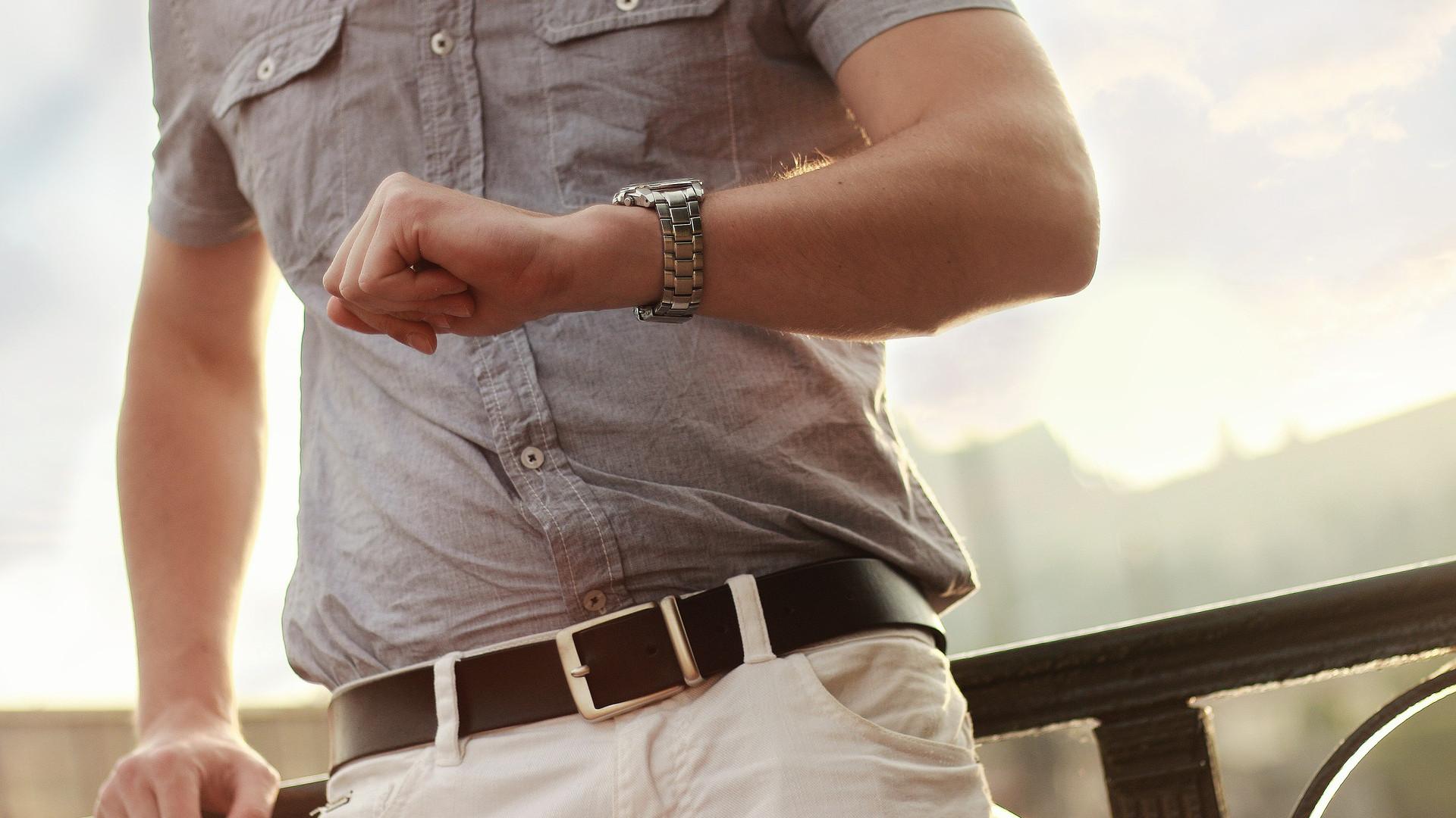 La montre en bois fait son petit effet à votre poignet