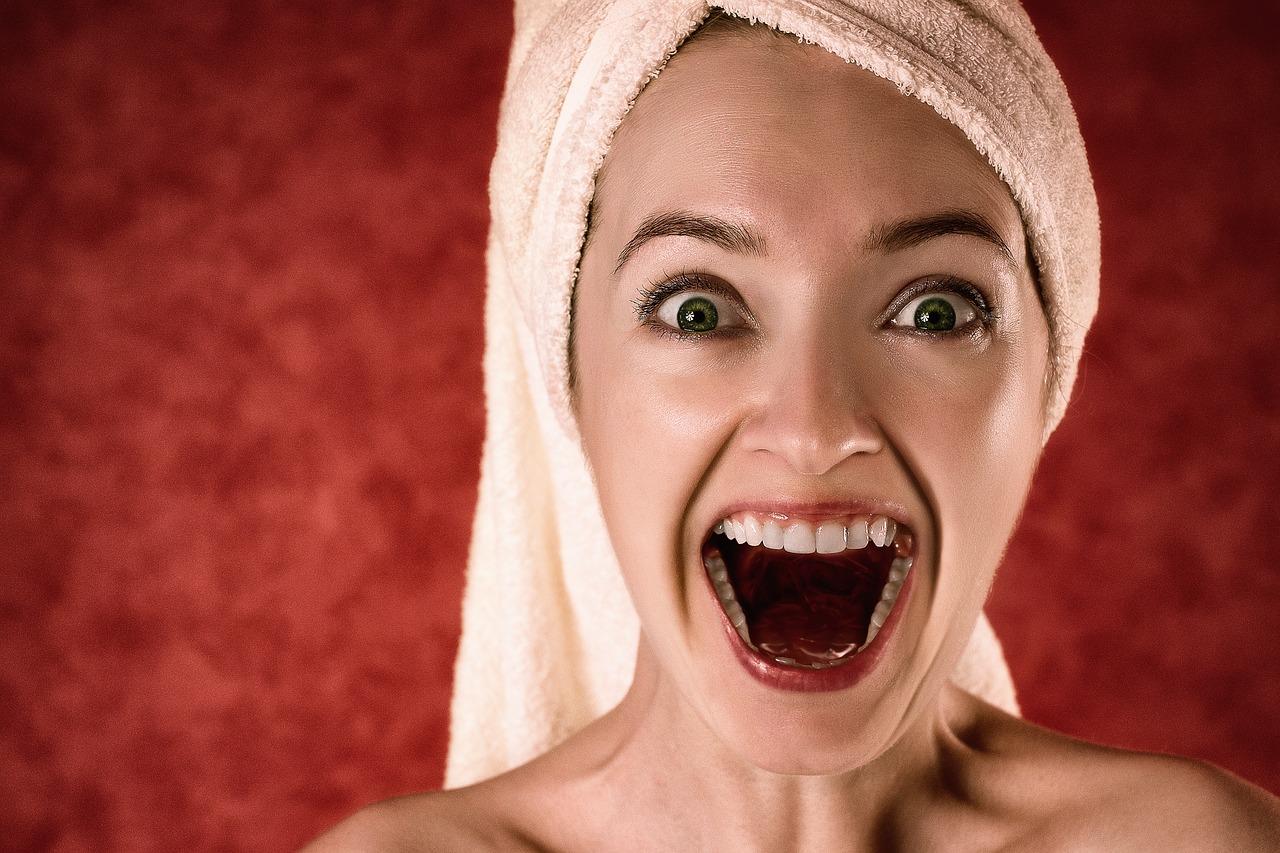 Pourquoi avoir les dents blanches est-il un atout ?