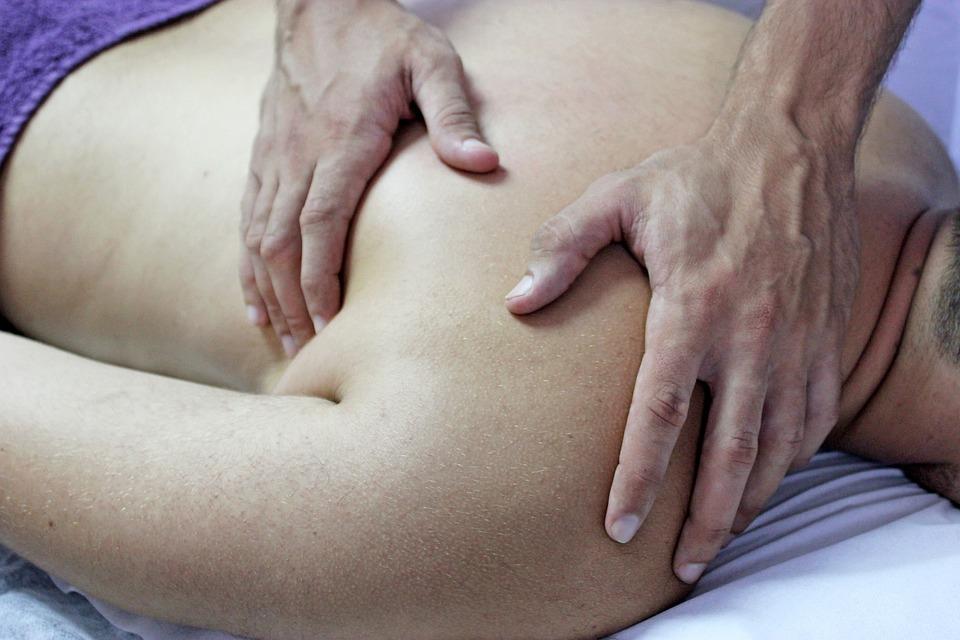 Ostéopathe à domicile : Un traitement basé sur le diagnostic précis du de votre mal