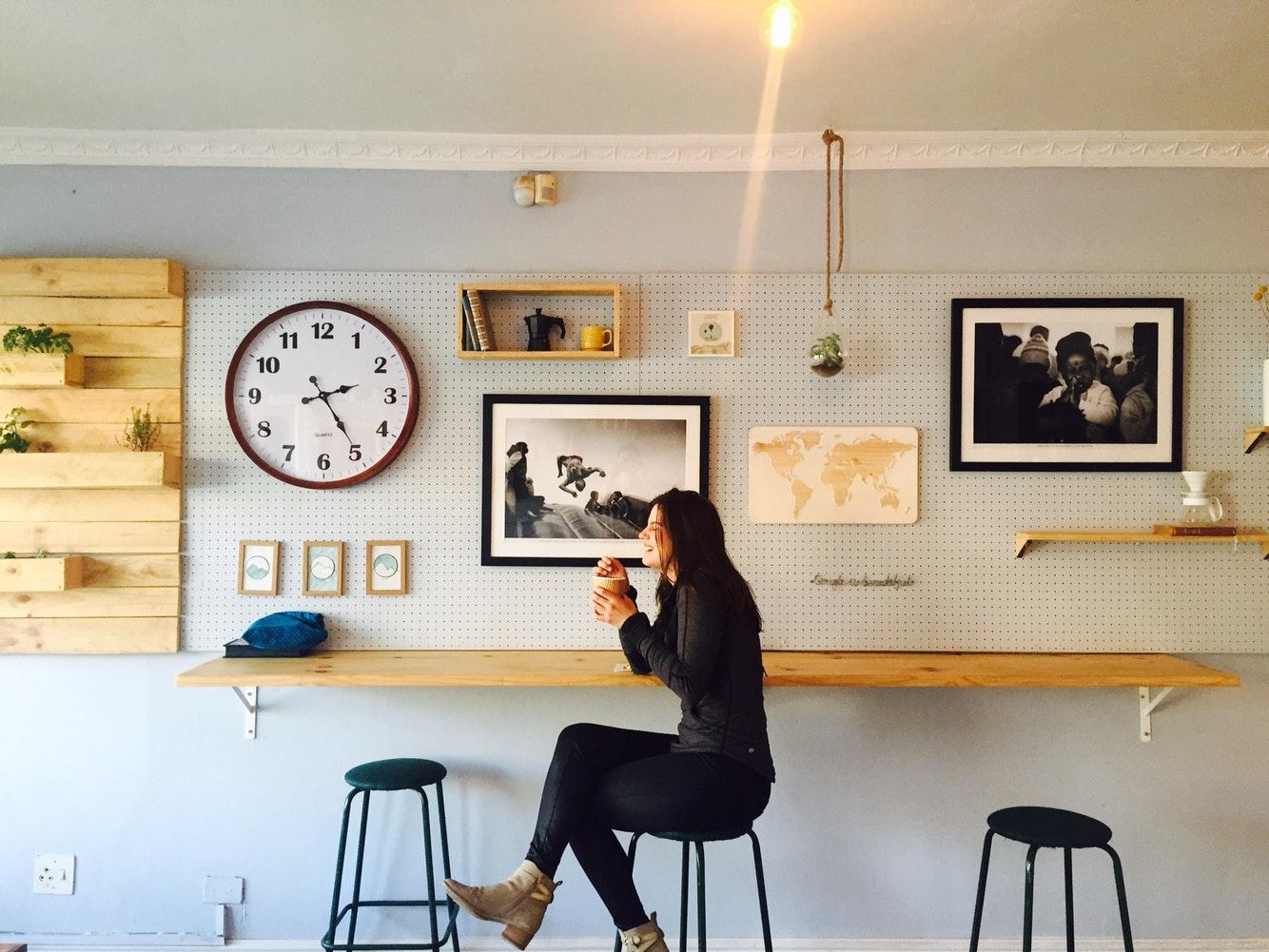 Œuvre d'art contemporain : à exposer à l'intérieur ou en extérieur ?