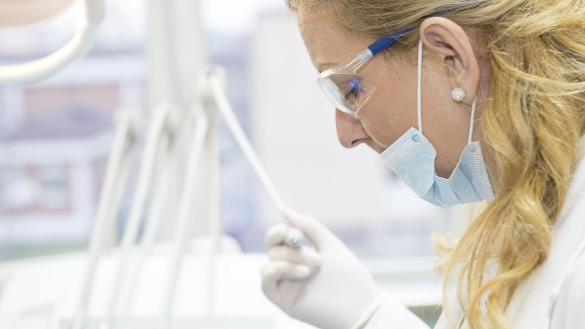 L'importance de la santé dentaire dans la société actuelle