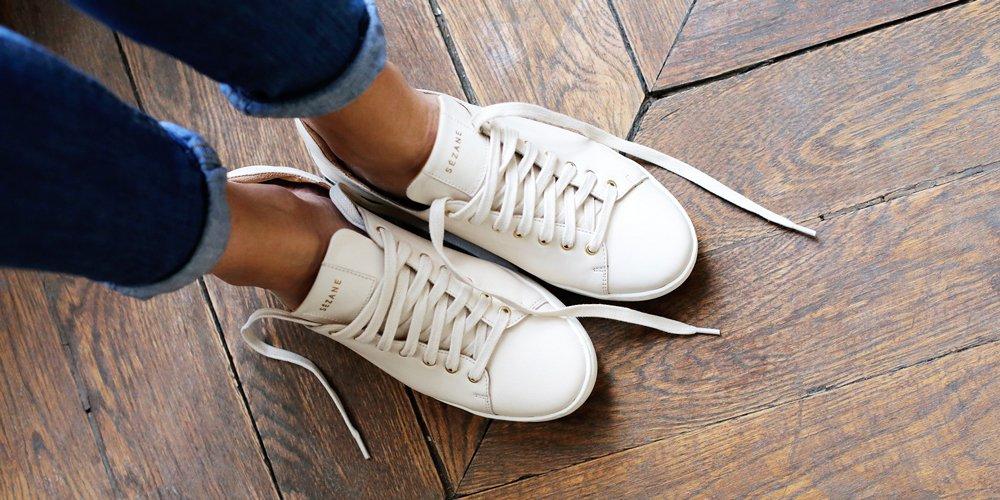 Sneakers : une femme peut-elle être élégante en baskets ?