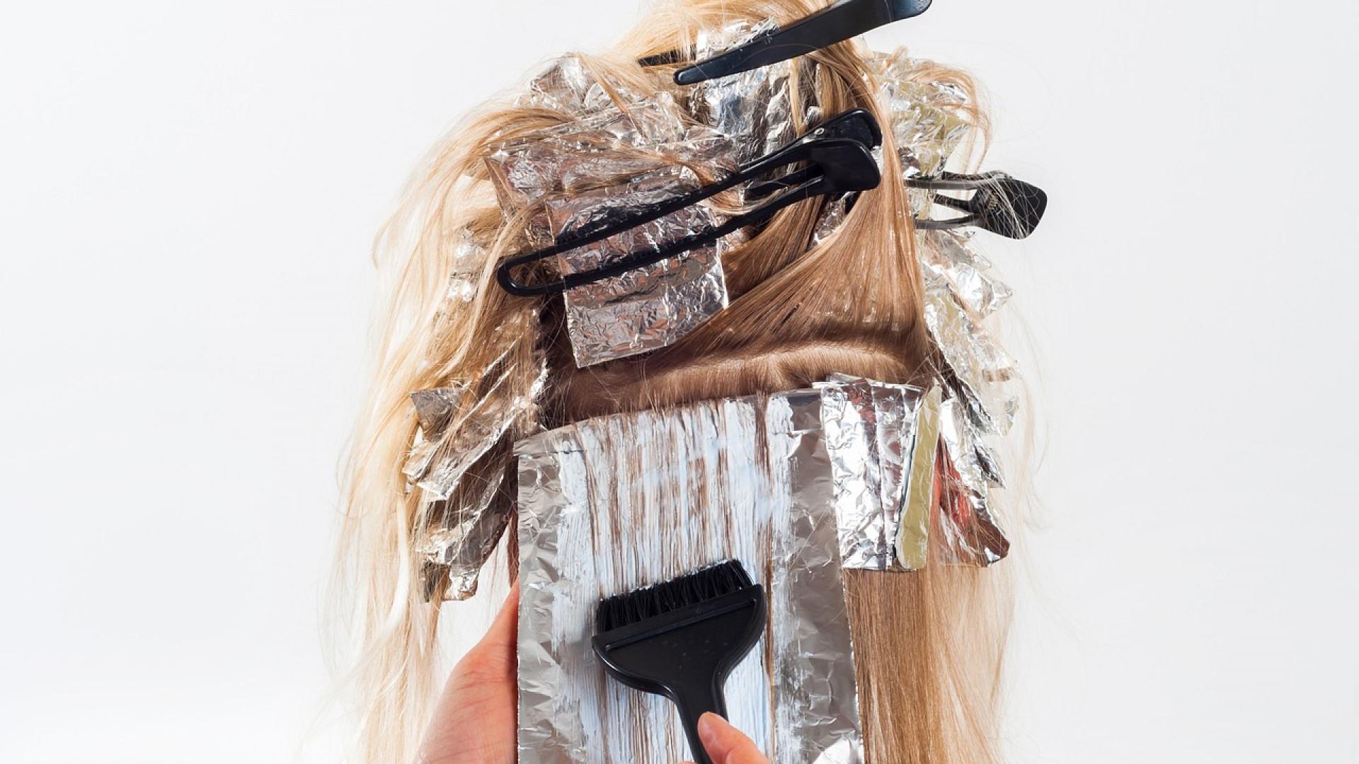 Colorer nos cheveux et préserver notre santé