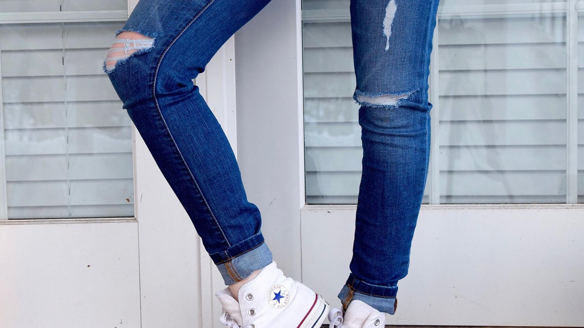 Jeans femme : les tendances de la rentrée à ne pas prendre à la légère