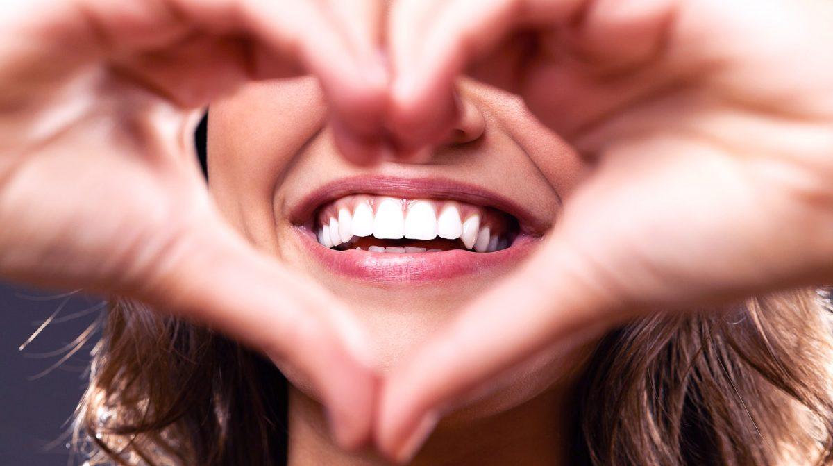 Qu'est-ce qu'un prothésiste dentaire et comment le choisir ?