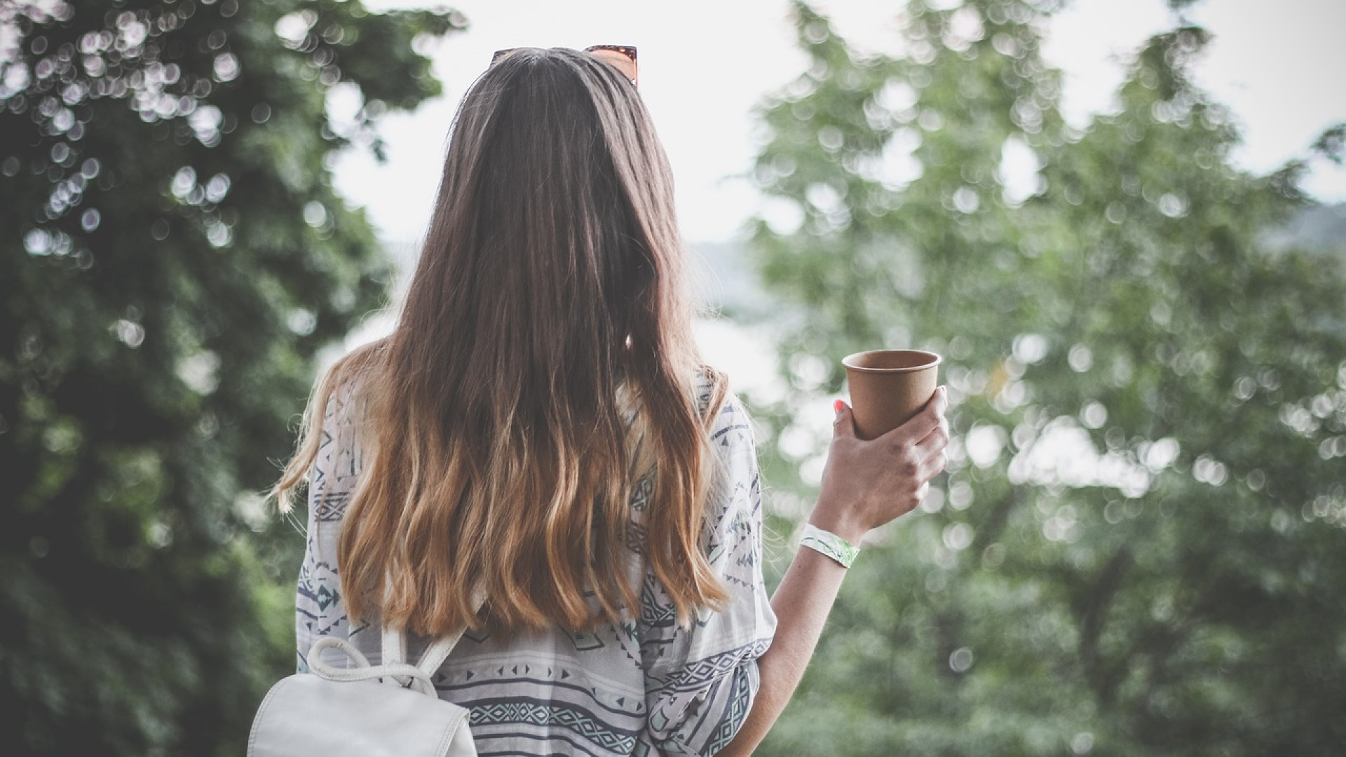 Les extensions vous offrent une belle et longue chevelure