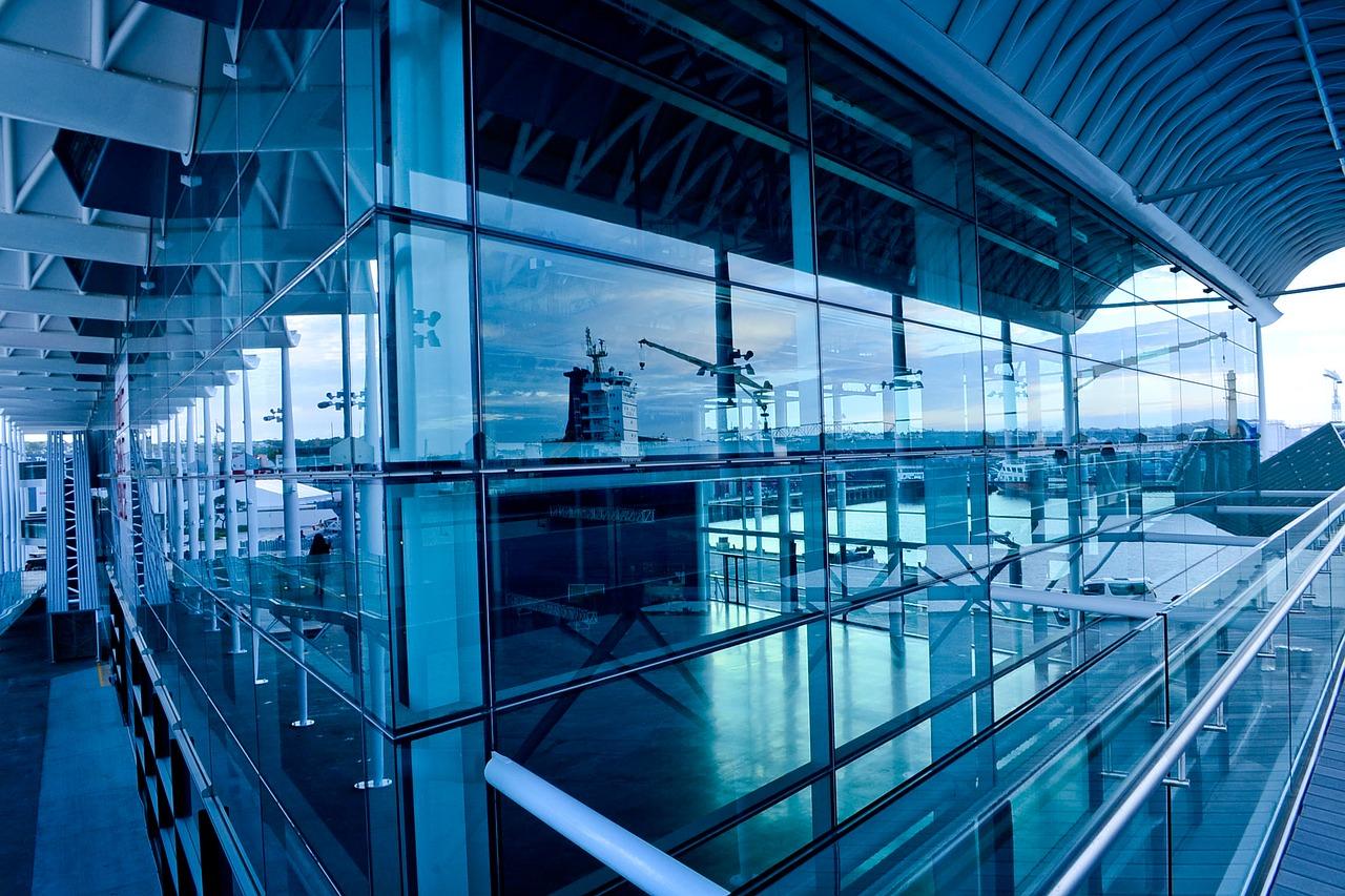 L'acier dans les constructions modernes : des atouts non négligeables