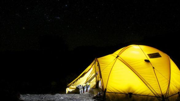 Vaut-il mieux passer ses vacances en caravane ou sous une tente ?