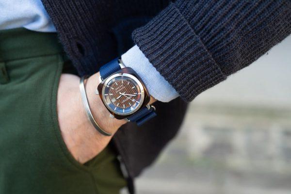 Choisir la bonne forme de montre pour homme