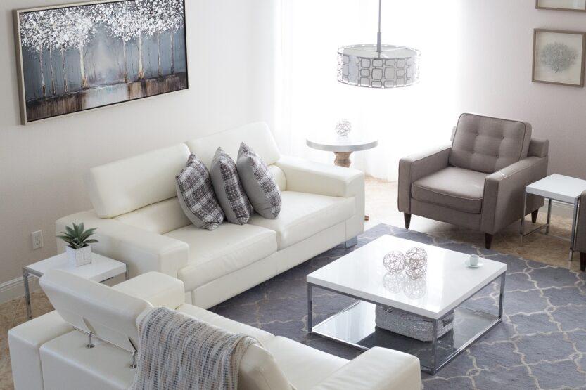Read more about the article 5 avantages d'acheter une table basse en marbre